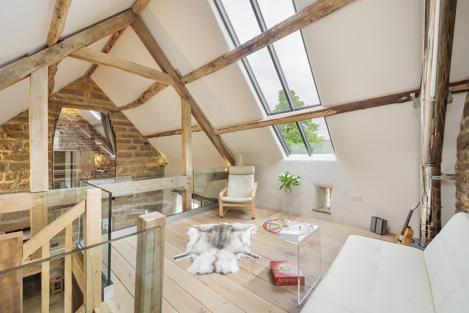Great chill out space You could be enjoying this Design Award winning barn conversion this Autumn