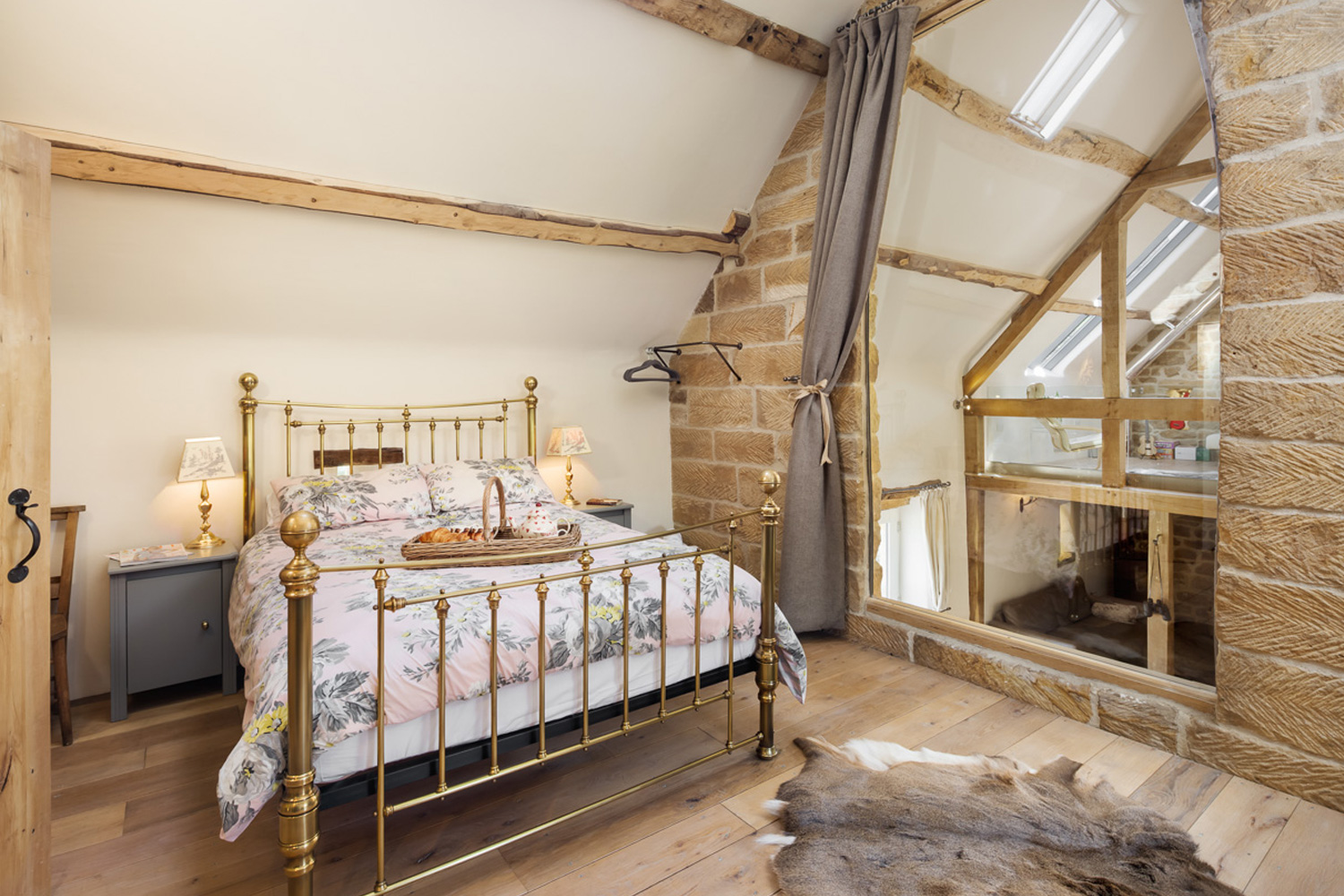 Romantic bedroom in a 5* holiday North Yorkshire Romance