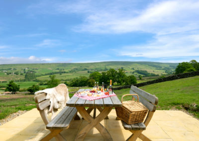 At Crag House Farm Dale View Barn has it's own private picnic hideaway